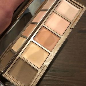 Urban Decay Naked ShapeShifter Light-Medium Shift